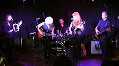 Day Tripper - MonaLisa Twins (The Beatles Cover) live! Love these girls almost as much as The Beatles...lol. Great job girls! BajaArtists Mona Lisa Twins... http://bajaartists.com/performing/monalisa-twins/