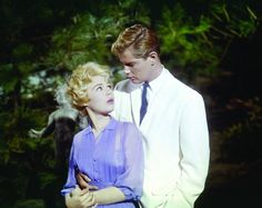 "Sandra Dee & Troy Donahue in ""There's a summer Place"" My mom wouldn't let me see it (even though I was so I had to sneak out! Old Hollywood Stars, Hollywood Icons, Golden Age Of Hollywood, Vintage Hollywood, Classic Hollywood, Hollywood Couples, Hollywood Glamour, Movie Stars, Movie Tv"