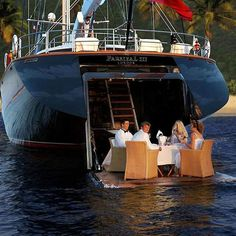 Top Five Reasons Yacht Charters in Bahamas Are Better Yacht Design, Boat Design, Yachting Club, Bateau Yacht, Cruise Italy, Big Yachts, Luxury Boat, Yacht Boat, Boat Rental