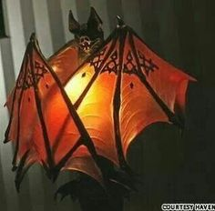 I love this Twilight inspired Bat lamp and it would be terrific for Halloween. Lampe Decoration, Creation Art, Goth Home Decor, Gothic Furniture, Futuristic Furniture, Modern Furniture, Furniture Design, Gothic House, Haunted Mansion