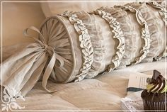 shows how to make their Ruffles and Romance Neckroll Pillow. The long round - Pillow Art Sewing Pillows, Diy Pillows, How To Make Pillows, Couch Pillows, Throw Pillows, Bolster Pillow, Neck Roll Pillow, Pillow Crafts, White Decorative Pillows