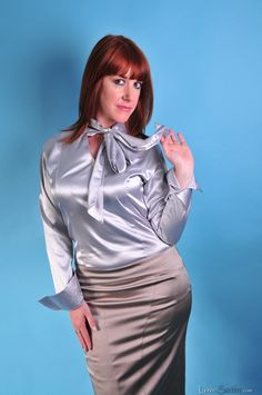 Satin Top, Satin Skirt, Silk Satin, Bow Blouse, Blouse And Skirt, Beautiful Blouses, Lace Tops, Sexy Women, Cakes