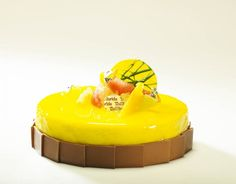 citricos-mousse-de-citricos-crema-de-lima-limon-con-espuma-de-lima-y-bizcocho-de-chocolate