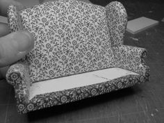Dollhouse Miniature Furniture - Tutorials | 1 inch minis: Pictures: Winged Settee
