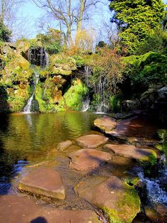 Stepping stones across the Sefton park Fairy Glen in Liverpool, England (by Cassini2008).