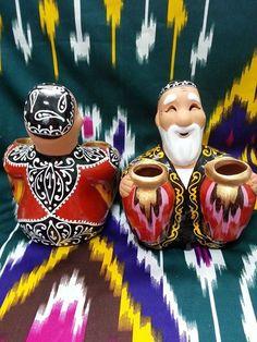Uzbek souvenir figurines