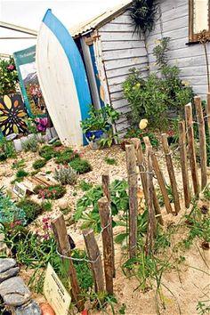 1000 ideas about beach theme garden on pinterest beach for Seaside garden designs