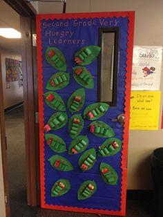 My very hungry caterpillar classroom door transformation hun Hungry Caterpillar Classroom, Hungry Caterpillar Activities, Very Hungry Caterpillar, Caterpillar Bulletin Board, Kindergarten Classroom Door, Classroom Themes, Preschool Door, Classroom Displays, Butterfly Classroom Theme