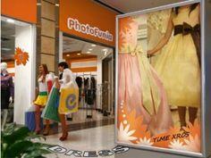 子供にドレスを着させ、ハッピーな気分にさせてあげたい!  A child is dressed with a dress and it is made a happy feeling!   http://timein.jp/item/content/shopping/980197640