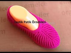 kırmızı örgü ayakkabı yapımı - YouTube Crochet Sandals, Crochet Baby Shoes, Crochet Slippers, Baby Knitting Patterns, Crochet Patterns, Fushia Pink, Spring Boots, Shoe Pattern, Mothers Day Crafts