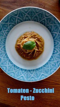 Tomaten-Zucchini Pesto Vegan Recipes, Vegan Food, Healthy Food, Pasta, Food Inspiration, Zucchini Pesto, Lunch, Dinner, Breakfast