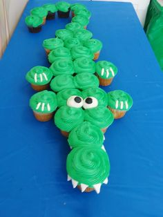 Crocodile cupcakes for a WILD birthday!