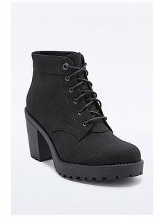 http://sellektor.com/user/dualia/collection/vagabond Vagabond Grace Lace-Up Boots in Black