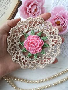 CROCHET DOILY PATTERN ! PDF Skill level-Beginner - Photo tutorials - Diagram INSTRUCTION IS NOT WRITTEN !! This product is an electronic file so the return can not be! You may not sell, copy, or distribute this product. You can sell and distribute the finished product