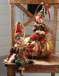 """RAZ 16"""" Orange and Green Posable Elf Set of 2 Assorted elves Set includes one of each style Made of Polyester, Resin Measures 16"""" (measured from tip of toes to hat outstretched) Posable For Decorative Use Only Not Intended for Children RAZ Exclusive RAZ 2017 Garden Harvest Collection"""
