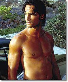 Google Image Result for http://www.celebrityring.info/images/pictures/Rodrigo-Santoro-5.jpg