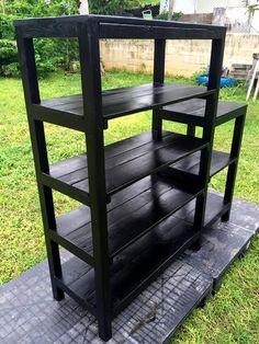 So how about building this DIY Multi functional pallet shelf rack to get your hands dirty with the pallets? This shelf unit is frugal in… Pallet Furniture Designs, Wooden Pallet Furniture, Dog Furniture, Wood Pallets, Palette Projects, Diy Pallet Projects, Diy Porch, Pallet Creations, Pallet Shelves