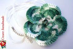 ciondolo fiore verde https://www.facebook.com/CreareHandmade