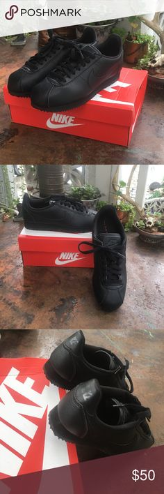 Nike Classic 'Cortez' Women's All black Nike Classic Cortez sneaker. They've been worn twice, so other then the sole being dirty they're like new! Nike Shoes Sneakers