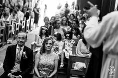 Algunas de nuestras mejores fotos de #Boda realizadas en la Finca Castell de Barxell en Alcoy (Alicante). Nuestra forma de trabajar es:  Le damos muchísima importancia a fotografiar los MOMENTOS que suceden.  Siempre hacemos fotos con COLORES fantásticos.  No nos gustan mucho los POSADOS, y por eso hacemos los mínimos posibles.  A nosotros nos gustan las Bodas ESPONTÁNEAS, por lo que el día de vuestra Boda parecerá que no estamos, que somos INVISIBLES. Wedding Pics, Wedding Ideas, Alicante Spain, Ideas Para, Boho Chic, Bride, Pageants, Shape, Rustic Weddings