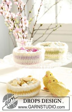 Free pattern, 0-504, Crocheted and felted easter basket in Eskimo