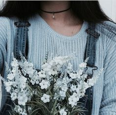 Roses are blue violets are blue in my imagination everything is blue 💙💙💙 ~ Ellie Light Blue Aesthetic, Blue Aesthetic Pastel, Rainbow Aesthetic, Aesthetic Colors, Flower Aesthetic, Aesthetic Pictures, Blue Aesthetic Tumblr, Spring Aesthetic, Aesthetic Girl