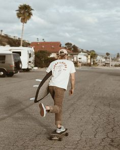 """our """"wave chaser tee"""" is scientifically proven to increase your chances of finding empty glassy waves 👻 Skate Style, Surf Style Men, Surfer Boy Style, Surfer Guys, Surfer Outfit, Herren Style, Girls Football Boots, Summer Outfits Men, Skater Boys"""
