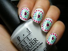 Miss Nail Polish: Dotticure with OPI My Boyfriend Scales Walls