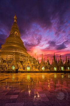 Shwedagon Pagoda in Yangon, Birmanie Places Around The World, The Places Youll Go, Places To See, Around The Worlds, Laos, Beautiful World, Beautiful Places, Shwedagon Pagoda, Myanmar Travel