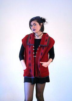 Olga Fisch 90s Woven Folk Vest, Ecuadorean Vest, Red Blanket Vest, Red Folk Vest, Heavy South American Vest, Mayan Vest, Indigenous Vest L