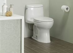 ULTRAMAX II This is a one-piece, ultra high-efficiency toilet with our Double Cyclone flushing system, the market preference for flush engines. Plumbing Fixtures, Bathroom Fixtures, Toilet For Small Bathroom, Toto Toilet, Dual Flush Toilet, Wax Ring, Toilet Cleaning, Water Conservation, Sustainable Design