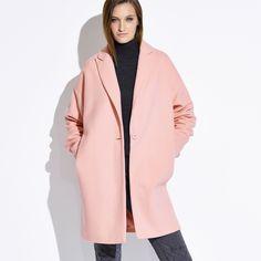 Manteau femme PREMIUM - 3Suisses, j'aime tellement celui-là, mais j'ai l'impression que l'effet chauve souris ne dois pas être très agréable: à voir ...