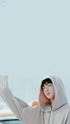 Jin looks so cute with an oversized hoodie - BTS wallpaper mobile hd themplates Seokjin, Namjoon, Hoseok, Jhope, Bts Jin, Jin Kim, Bts Bangtan Boy, K Pop, Bts Pictures