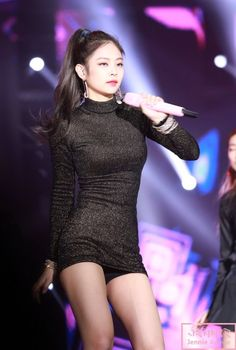 Your source of news on YG's current biggest girl group, BLACKPINK! Please do not edit or remove the. Blackpink Jennie, Kpop Girl Groups, Korean Girl Groups, Kpop Girls, Stage Outfits, Sexy Outfits, Kpop Outfits, Korean Beauty, Asian Beauty
