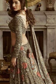Bridal dresses - Renovate your Wardrobe, We provide customization in Designer Blouses & women ethnic wear that reflect Amazing Handwork & Unique Zardosi Art at Your Budget & time, Worldwide Delivery tr Desi Wedding Dresses, Pakistani Wedding Outfits, Indian Bridal Outfits, Indian Designer Outfits, Pakistani Dresses, Indian Dresses, Wedding Mandap, Wedding Stage, Wedding Receptions