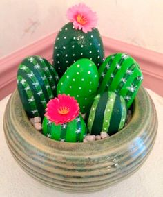 DIY Painting Cactus Rock Art Ideas - Balcony Decoration Ideas in Every Unique De .DIY painting Cactus Rock Art Ideas - balcony decorating ideas in every unique trendy paintings cactus acrylic paintings 62 Kids Crafts, Diy And Crafts, Craft Projects, Projects To Try, Arts And Crafts, Project Ideas, Easy Crafts, Adult Crafts, Family Crafts