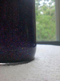 diy glitter meditation jars   http://warriorgirl.blogspot.it/2012/05/diy-glitter-meditation-jars.html