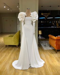 Saturdays are for wedding White And Silver Dress, Silver Gown, Dream Wedding Dresses, Bridal Dresses, Elegant Dresses, Sexy Dresses, Fancy Gowns, Gala Dresses, Mermaid Dresses