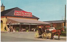 Vintage Postcard Cafe du Monde Restaurant New Orleans Louisiana