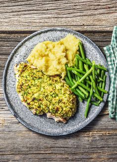 """Healthy chicken recipe with a crispy zucchini crust 