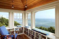 Well, it needs a proper foam seat, but I love the idea of shelves under a window seat, - and it's a great use of space. Great cottage/beach house view - window seat with bookshelves Future House, My House, House By The Sea, House Bath, Cottage House, House Floor, Cottage Style, Home Library Design, House Design