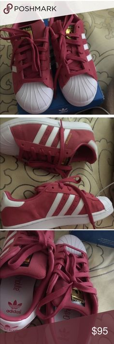 Adidas superstar Worn once size 5.5 Adidas Shoes Sneakers