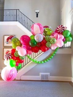 Grinch Christmas Decorations, Grinch Christmas Party, Christmas Balloons, Grinch Party, Balloon Flowers, Balloon Bouquet, Balloon Arch, Balloon Garland, Balloon Ideas