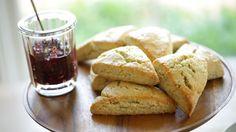 Beth's Lemon Poppy Seed Scone Recipe | ENTERTAINING WITH BETH - YouTube