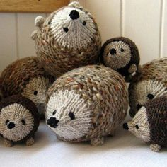 Ravelry: Little oddment hedgehog pattern by little cotton rabbits, Julie Williams Knitting For Kids, Loom Knitting, Baby Knitting, Knitting Patterns, Crochet Patterns, Free Knitting, Knitting Toys, Finger Knitting, Scarf Patterns