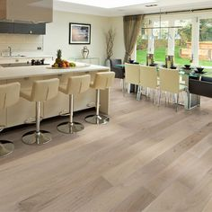 Seashell Oak Ventura Collection by Hallmark Floors