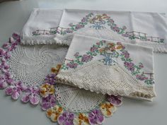 Pineapple House Antiques ~ Vintage Embroidered & Crocheted Southern Lady Pillowcases!