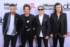 """One Direction's """"Perfect"""" Video 