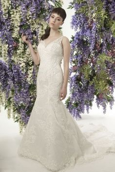 JADE DANIELS Bridal Style 1008, Kim Novak. #BestForBride