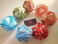 Japanese brocade origami designed by Minako Ishibashi   meirehirata.com Follow me on Instagram: Meire Hirata Origami